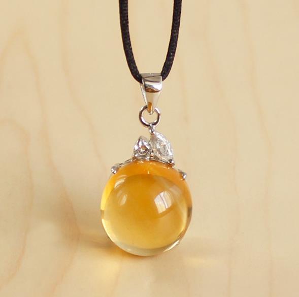 为什么说最具灵气的招财宝石是黄水晶?