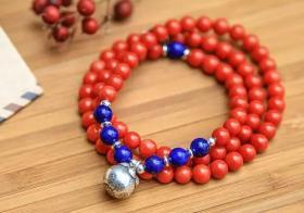 女性佩戴红珊瑚手串好处有很多,知道吗?