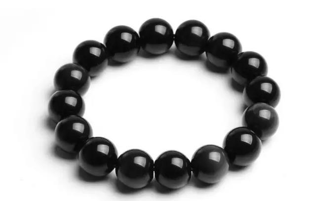 常配戴黑曜石好处,长期佩戴黑曜石有什么好处?