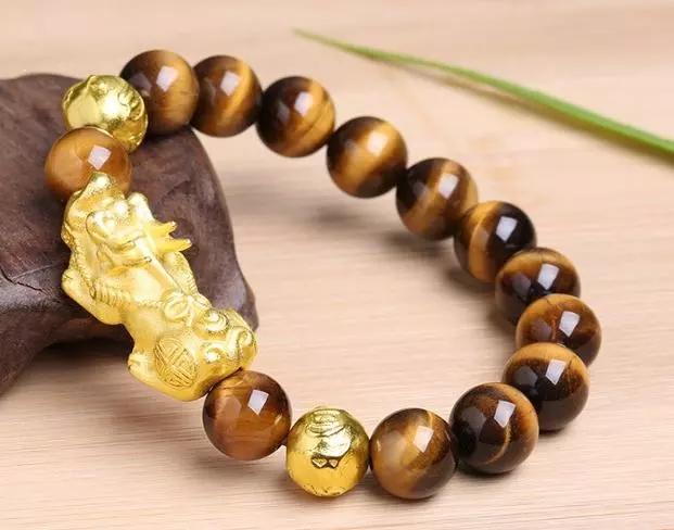 黄金貔貅手链的戴法,黄金貔貅的作用及佩戴保养方法