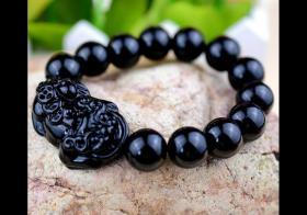 黑曜石貔貅手链的佩戴方法,黑曜石佩戴禁忌有哪些?