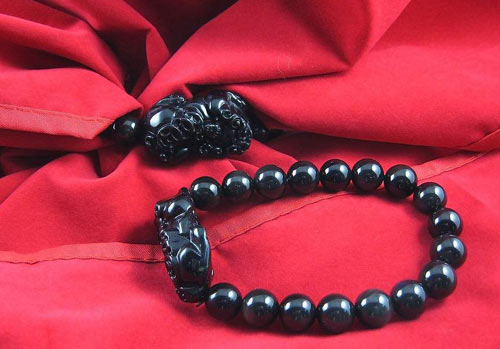 貔貅手链的禁忌有哪些 貔恘手链佩戴注意事项及作用是什么?