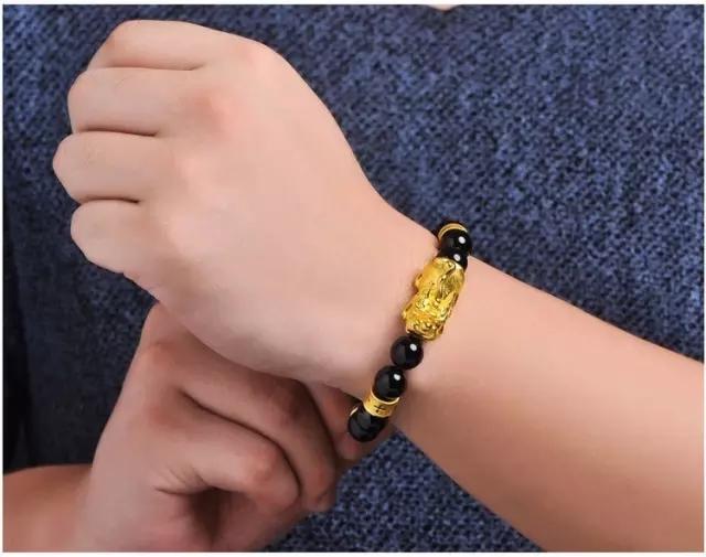 黄金貔貅手链佩戴注意事项 让你看清所有环节