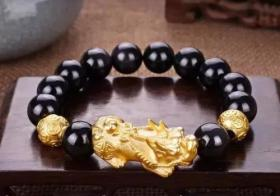 黄金皮丘(貔貅)怎么穿手链  怎么戴?