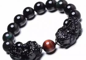 黑曜石貔貅手链怎么戴 戴对了定相助于你
