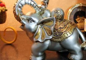 大象摆放位置和方向是什么?