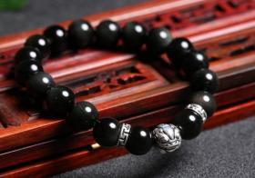 黑曜石貔貅手链的戴法有哪些讲究?