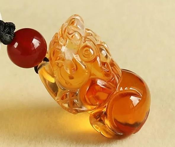 黄水晶貔貅手链什么人适合戴呢