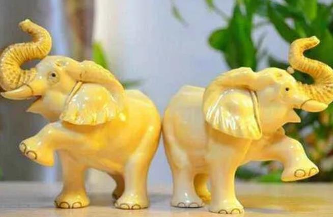 大象摆件摆放禁忌有什么 大象工艺品图片