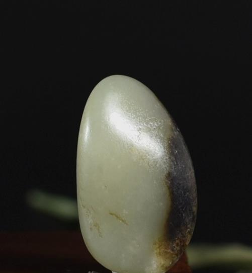 经常冒充青花玉的玉石有哪些?