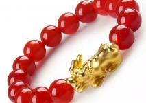 女人带金貔貅有什么讲究 这些要点谨记于心