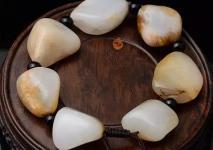 和田玉籽料的皮色真假该如何鉴别?